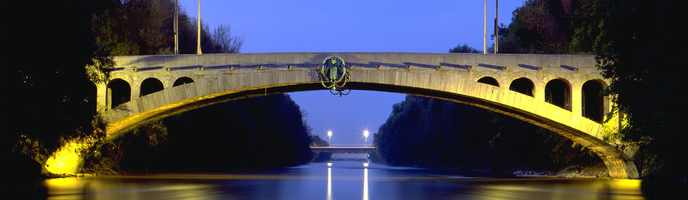 Other Montagen München Brücke 1